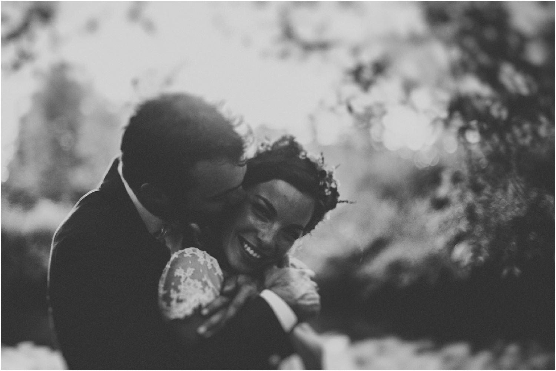 steven-bassilieaux-photographe-Mariage-bordeaux-dordogne-wedding-photographer-story telling-manege - caroussel - moulin de tocane - 207.jpg