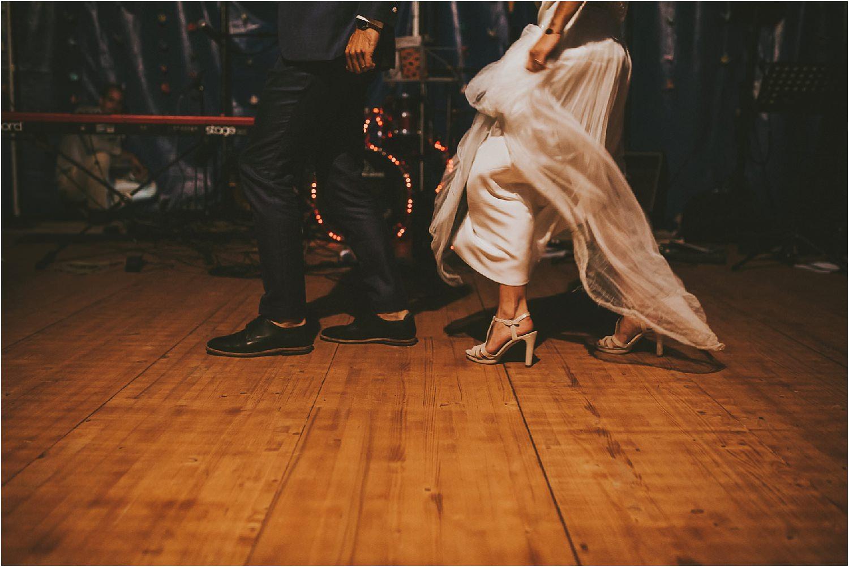 steven-bassilieaux-photographe-Mariage-bordeaux-dordogne-wedding-photographer-story telling-manege - caroussel - moulin de tocane - 215.jpg