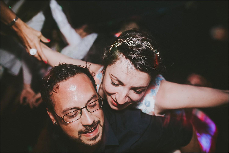 steven-bassilieaux-photographe-Mariage-bordeaux-dordogne-wedding-photographer-story telling-manege - caroussel - moulin de tocane - 231.jpg