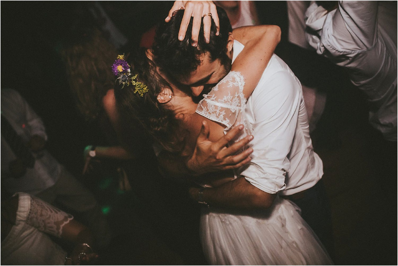 steven-bassilieaux-photographe-Mariage-bordeaux-dordogne-wedding-photographer-story telling-manege - caroussel - moulin de tocane - 234.jpg