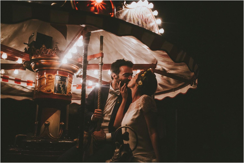 steven-bassilieaux-photographe-Mariage-bordeaux-dordogne-wedding-photographer-story telling-manege - caroussel - moulin de tocane - 240.jpg