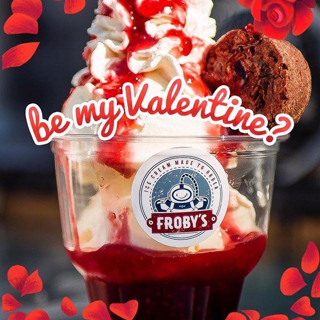 Happy valentines day ! ❤️❤️❤️#valentinesday #raspberry #brownies #frobys #icecream #liquidnitrogen #liquidnitrogenicecream