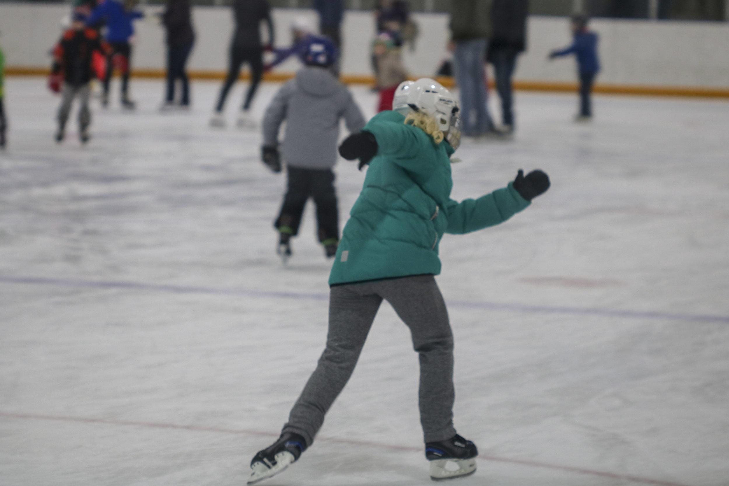 160 2019 Skating.jpg