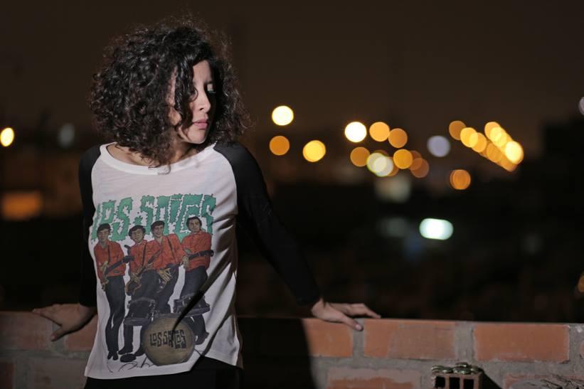 Polo 'LOS SAICOS - MUNSTERS'   · Color Blanco mangas negras · Tallas: Estándar Precio: 60 soles EN STOCK