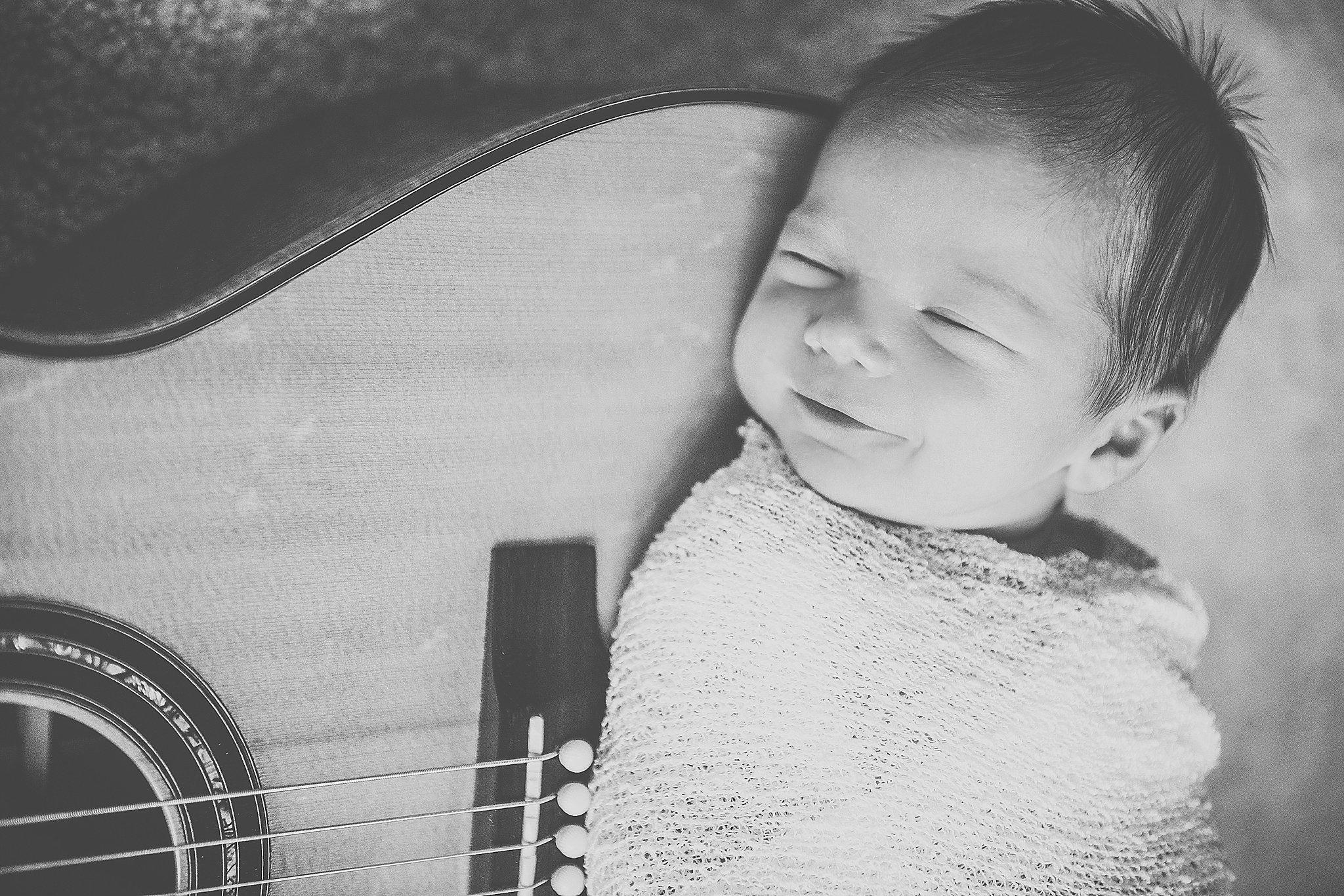 Levi Newborn-52_WEB.jpg