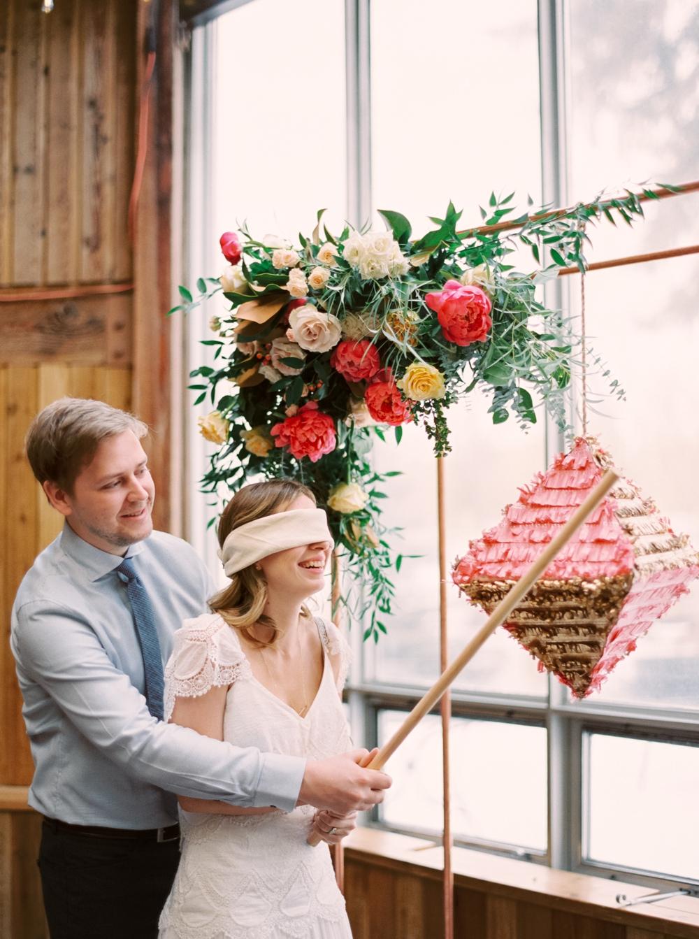 Calgary Zoo | Bohemian Wedding Style | Shannon Valente Weddings | Life Set Sail | Calgary Wedding Photographers
