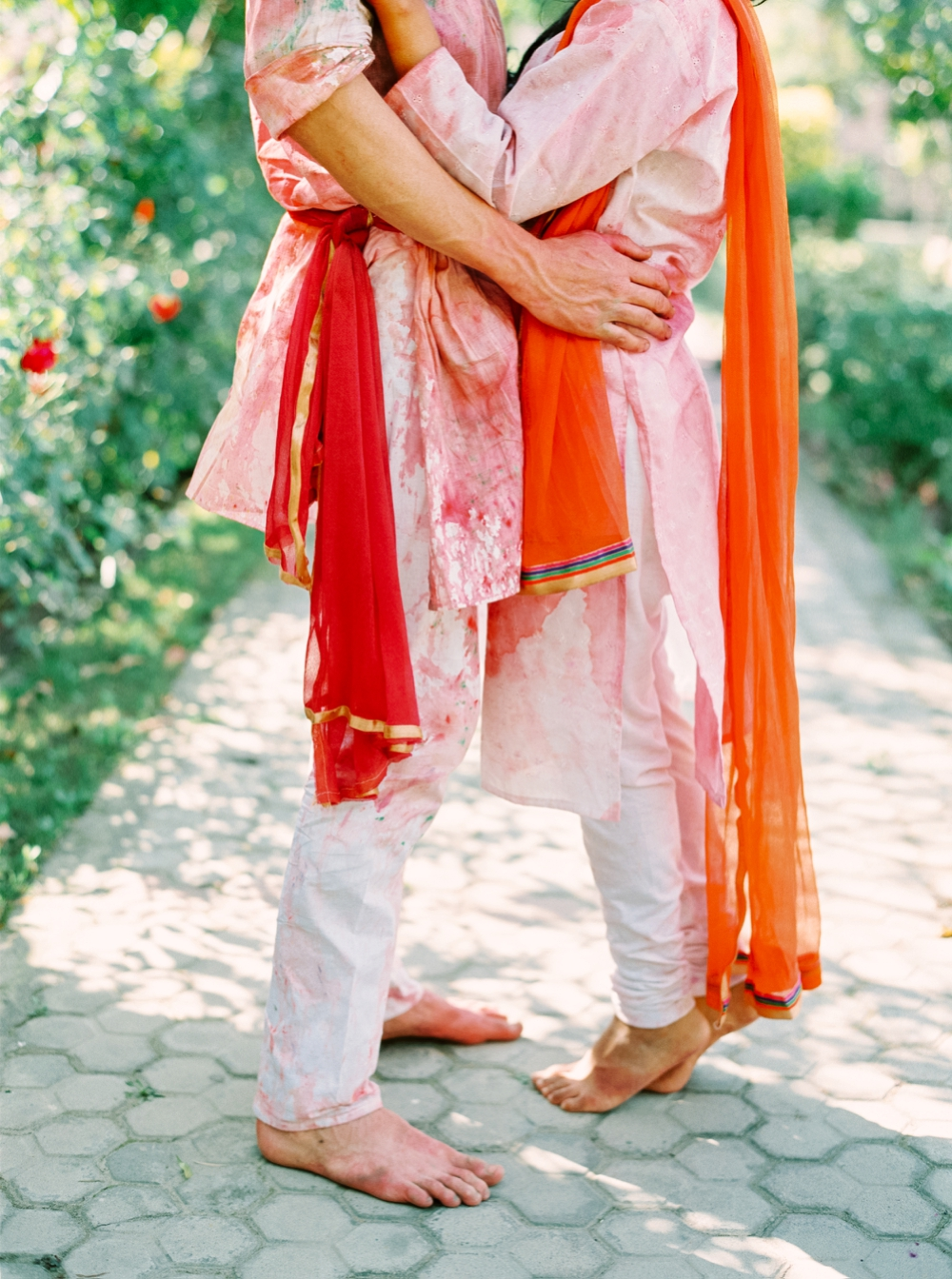 Indian wedding photographers | Calgary wedding photographer | india wedding | holi festival | color powder | delhi wedding