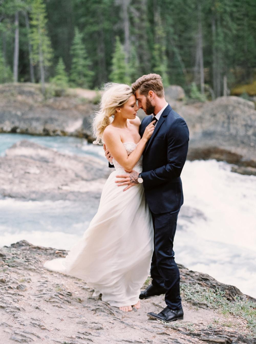 Calgary Wedding Photographers | Emerald Lake Lodge Wedding | Luminous The Workshop | Mountain Wedding