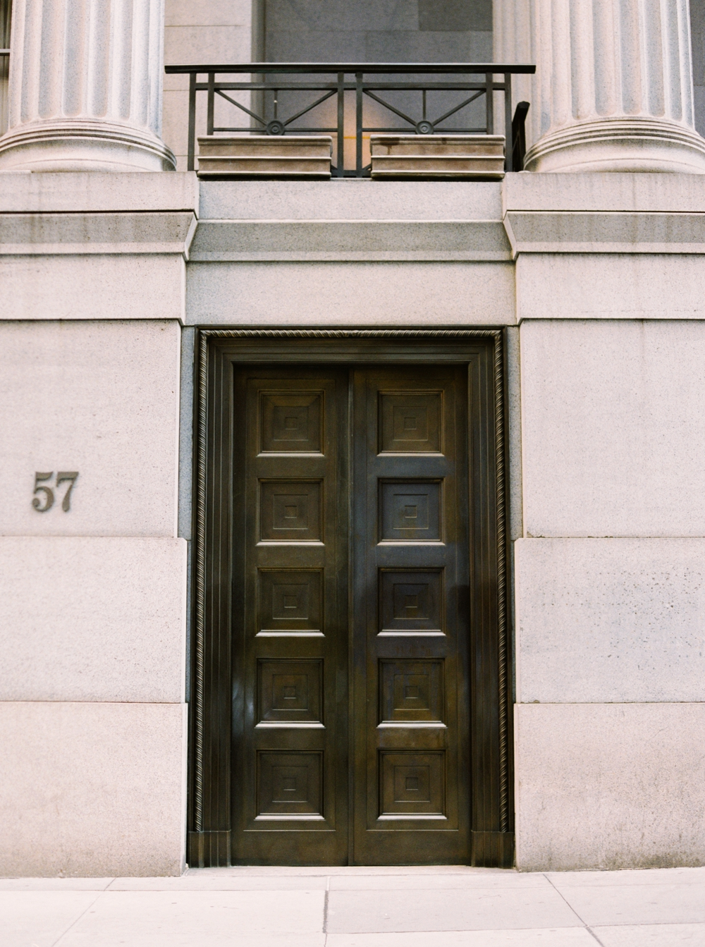 New York City Photographers | Street Photography | Doors Of Manhattan | Dogs of Manhattan | Sites of NYC | NYC Travel Photography