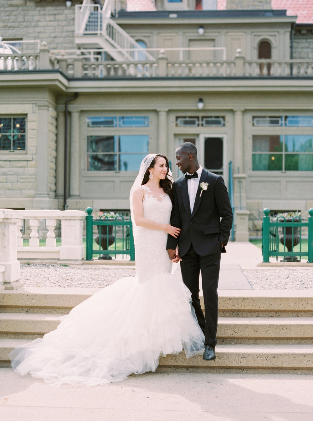 Calgary Wedding Photographers | Wedding Photography | Downtown Wedding | City Wedding | Gorgeous Wedding Couple
