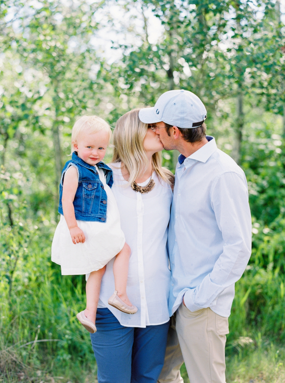 Calgary wedding photographers | family photography | maternity photographer | family photos | edmonton maternity session