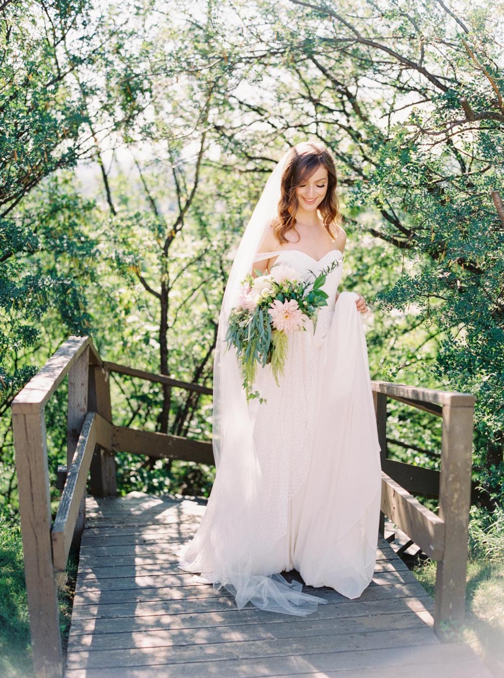 Calgary Wedding Photographers | Editorial Wedding Shoot | Organic Fine Art Film Wedding Inspiration | The Well Styled Life Brianne Gabriel Cakes