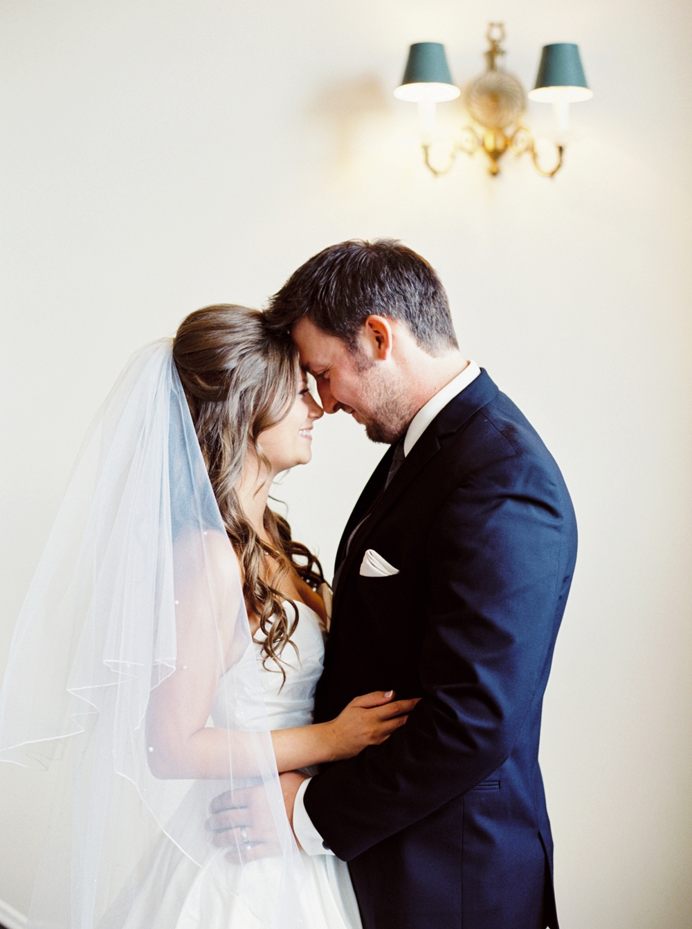 Calgary Wedding Photographers_3411.jpg