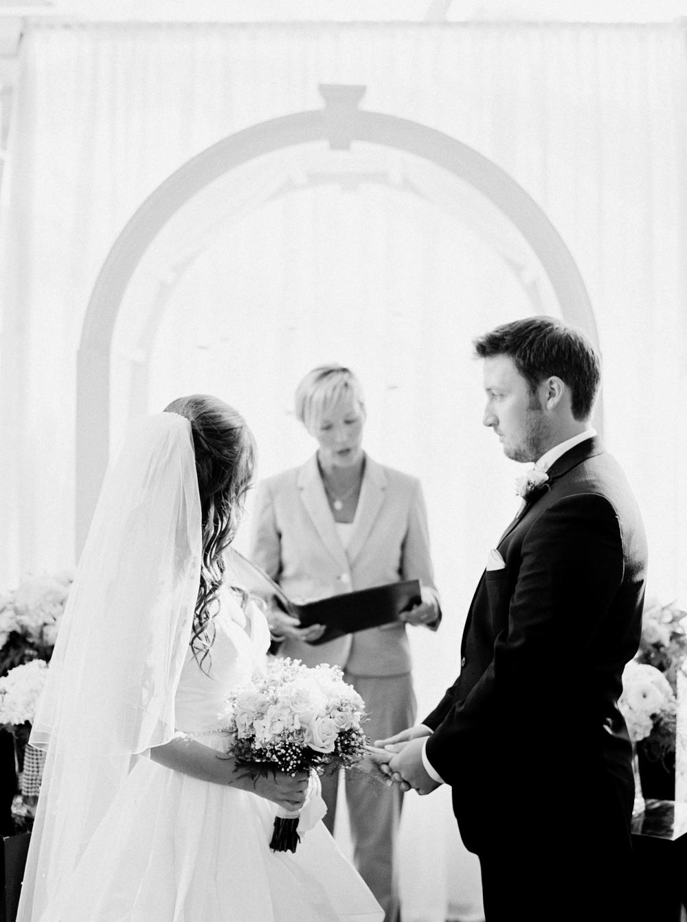 Calgary Wedding Photographers_3417.jpg