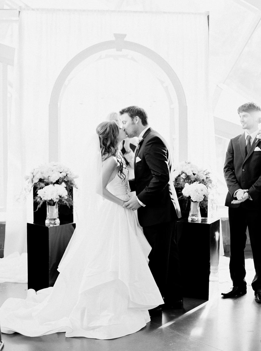Calgary Wedding Photographers_3418.jpg