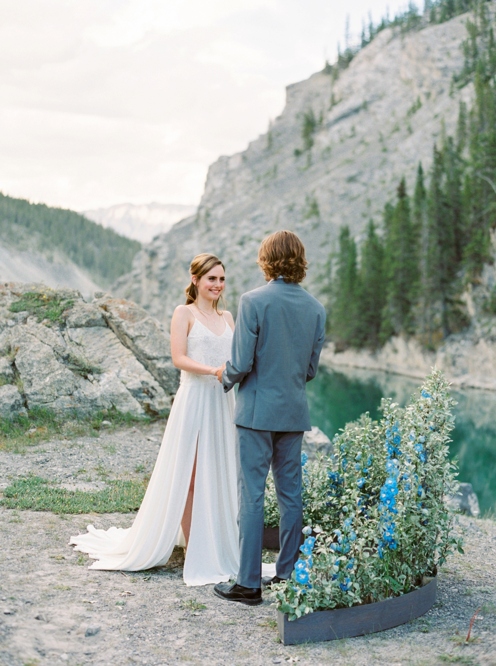 Calgary Wedding Photographer_4040.jpg
