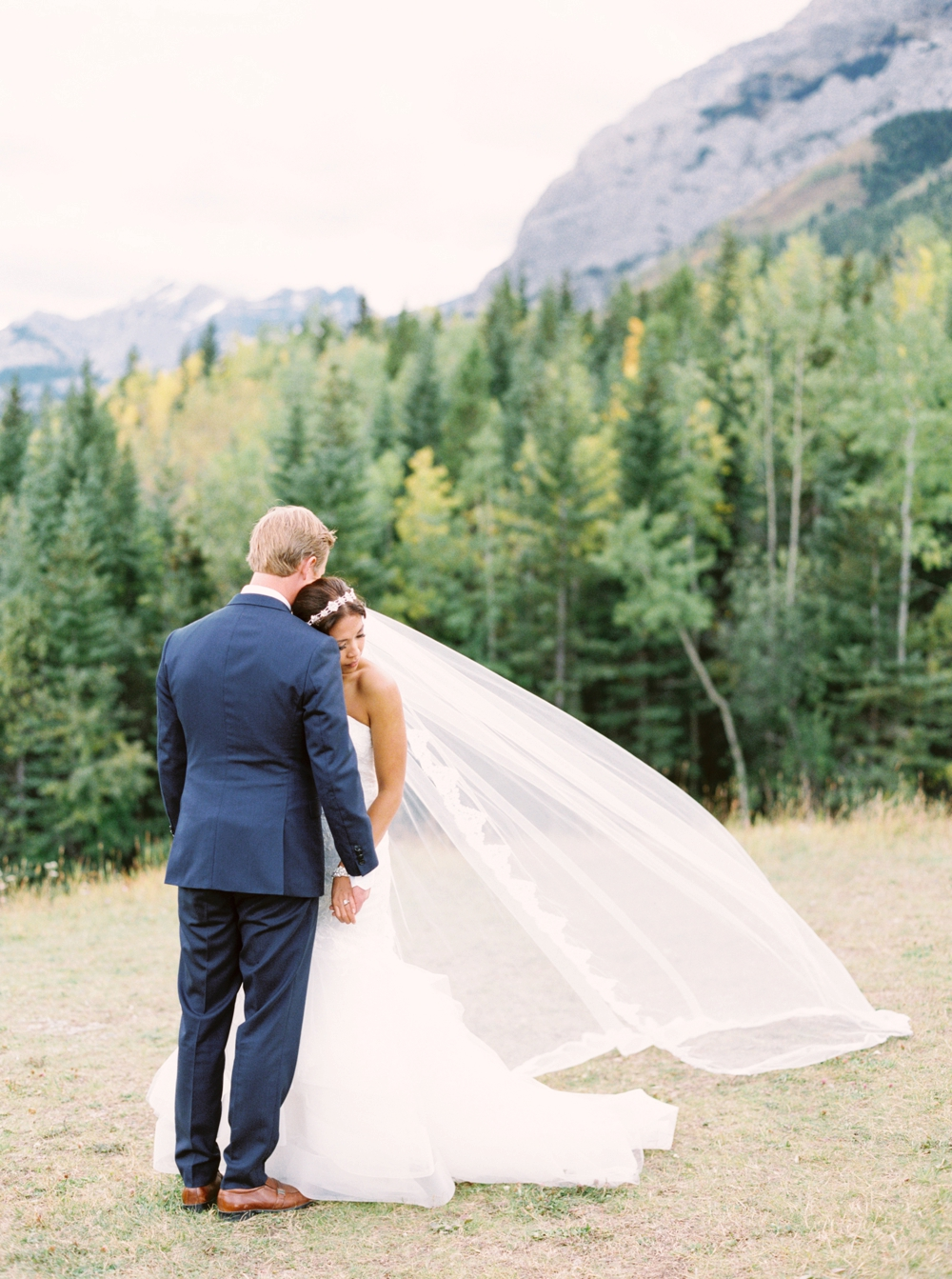 Calgary Wedding Photographers | Kananaskis Delta Lodge Wedding | Alberta Tent Wedding | Outdoor Wedding Ceremony | Elegant Wedding Decor