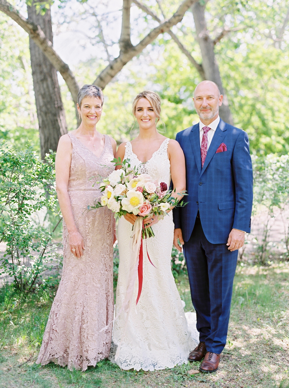 Calgary Wedding Photographers | The Lake House Wedding | Calgary Wedding photography Beltline | Justine Milton Fine Art Film Photographer