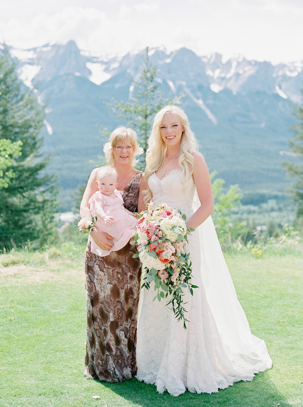 Calgary Canmore wedding photographers | Silvertip wedding