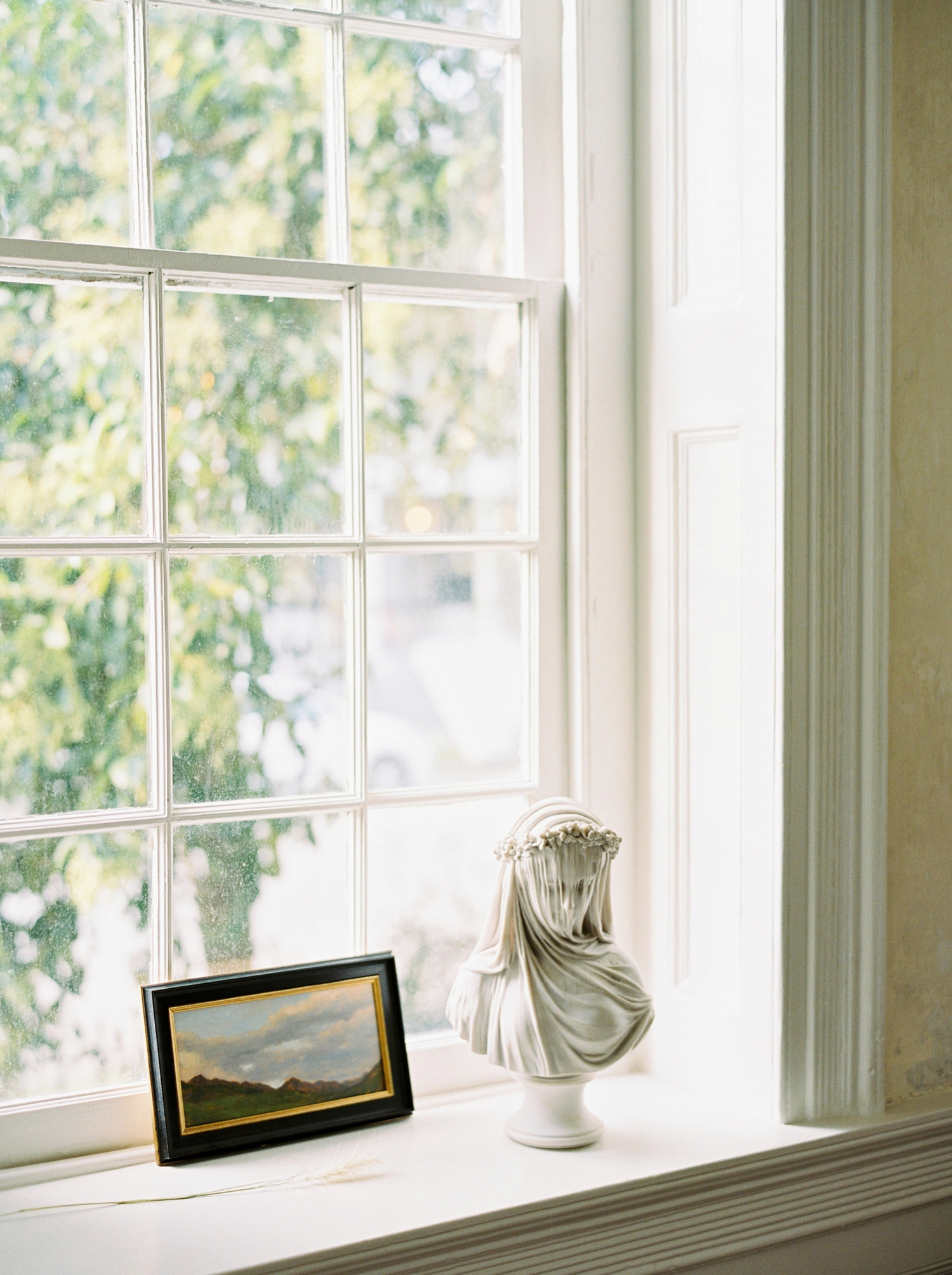Charleston wedding photographer | anniversary session | fine art film photography | Calgary Wedding Photographers | Calgary couples photographer | Justine Milton Photography | home photography |