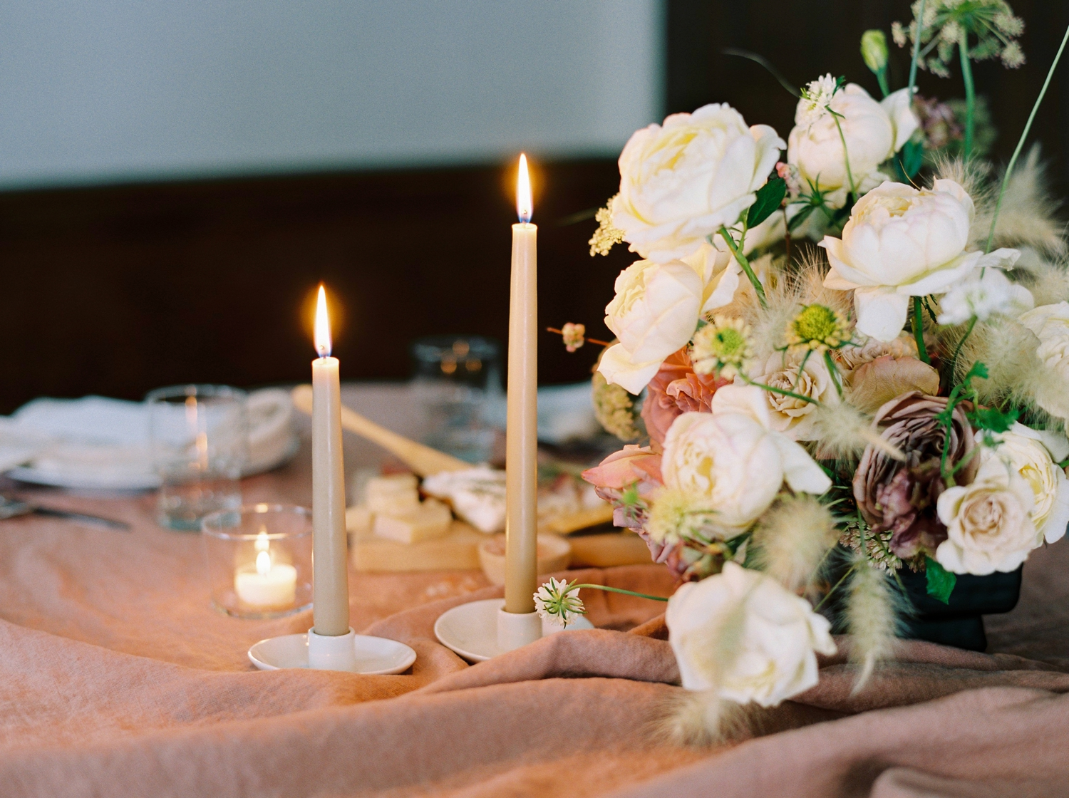 Charleston wedding photographer | anniversary dinner | fine art film photography | Calgary Wedding Photographers | Calgary couples photographer | Justine Milton Photography | decor | flowers | candles