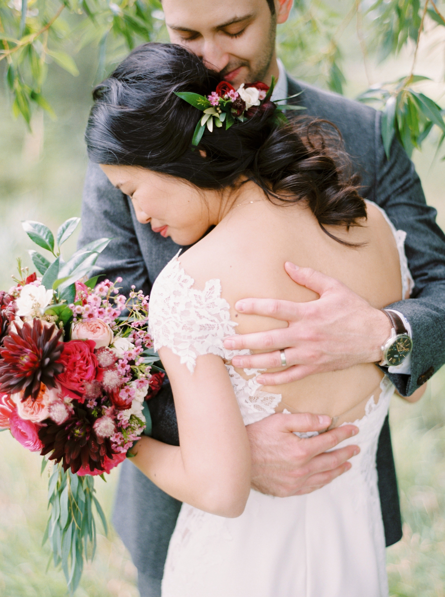 Calgary wedding photographer | fine art film photography | Calgary Wedding Photographers | Justine Milton Photography | workshop wedding | bride hairstyle | bouquet
