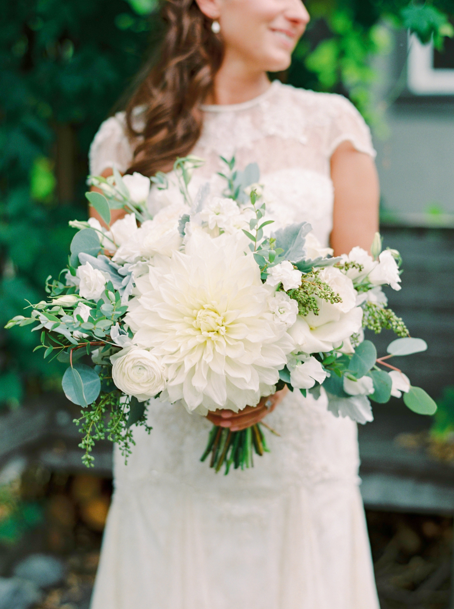 Calgary wedding photographers | fine art film | Justine Milton Photography | wedding inspiration | wedding dress | bouquet