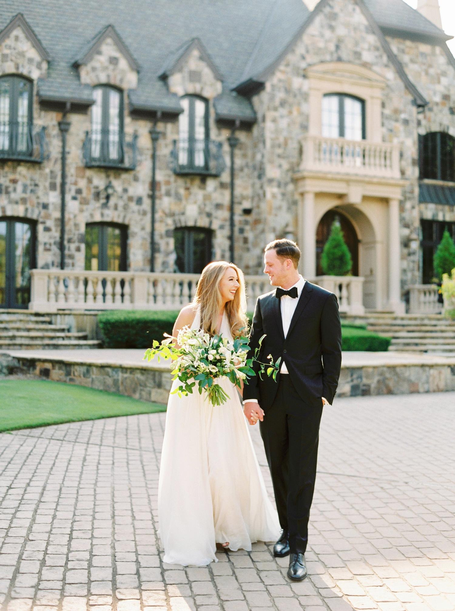 Calgary wedding photographers | georgia wedding photographers | fine art film | Justine Milton Photography | wedding details | georgia wedding | bride and groom portraits | bouquet