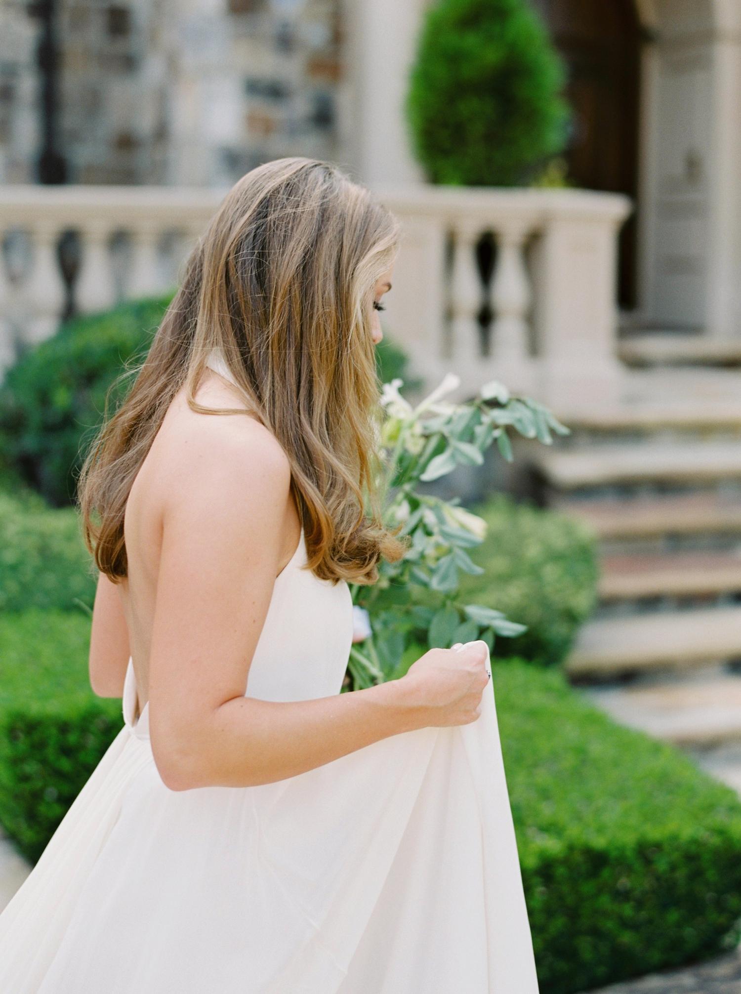 Calgary wedding photographers | georgia wedding photographers | fine art film | Justine Milton Photography | georgia wedding | pastel bouquet | pastel wedding | wedding dress