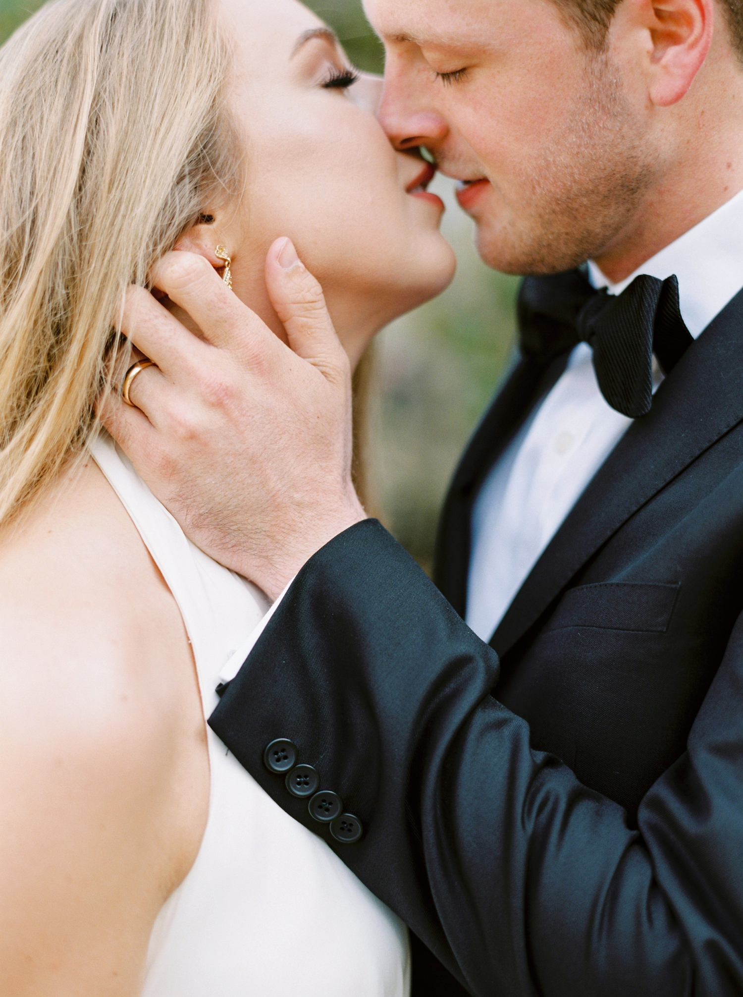 Calgary wedding photographers | georgia wedding photographers | fine art film | Justine Milton Photography | georgia wedding | wedding dress | pastel wedding | bride and groom portraits | bouquet