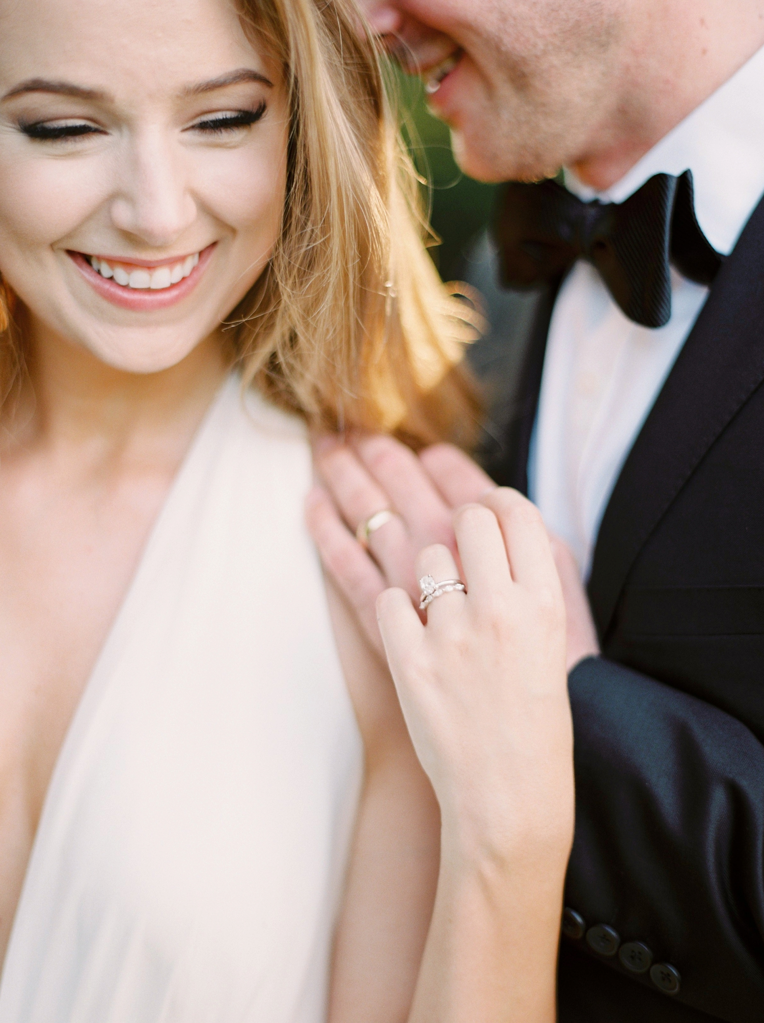 Calgary wedding photographers | georgia wedding photographers | fine art film | Justine Milton Photography | georgia wedding | wedding dress | bride and groom portraits | bouquet