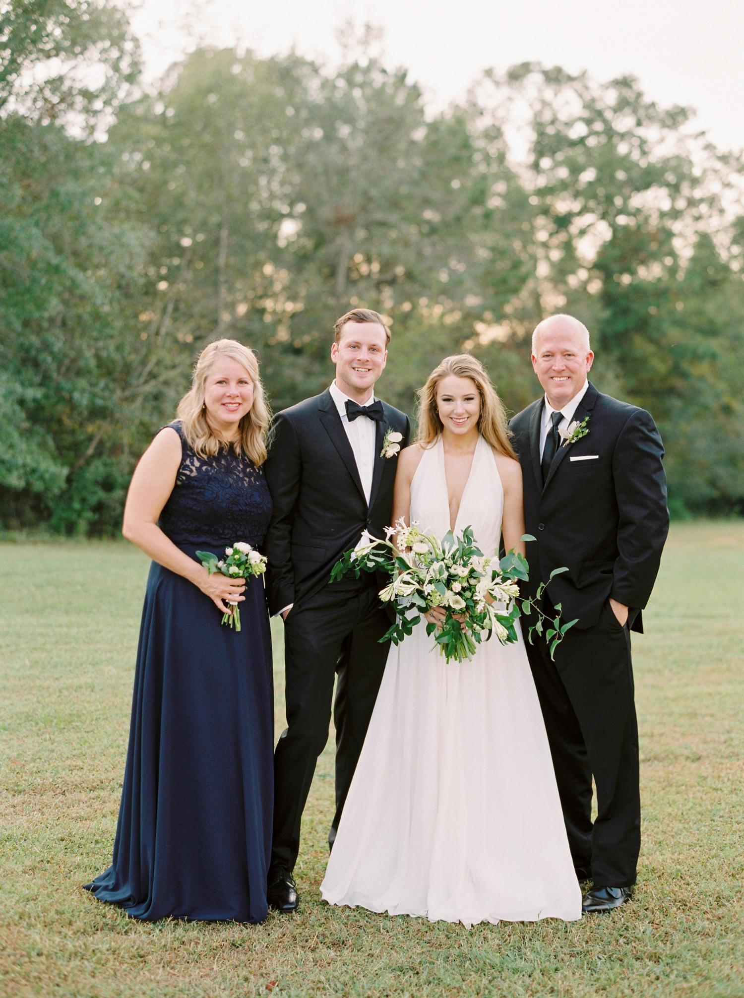 Calgary wedding photographers | georgia wedding photographers | fine art film | Justine Milton Photography | georgia wedding | family portraits | wedding party
