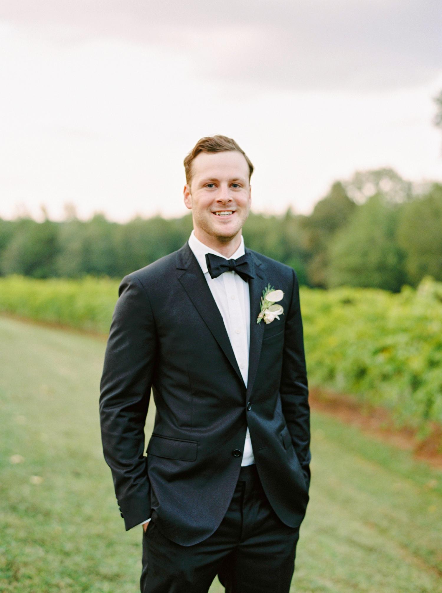 Calgary wedding photographers | georgia wedding photographers | fine art film | Justine Milton Photography | georgia wedding | groom portraits | bouquet | pastel wedding inspiration