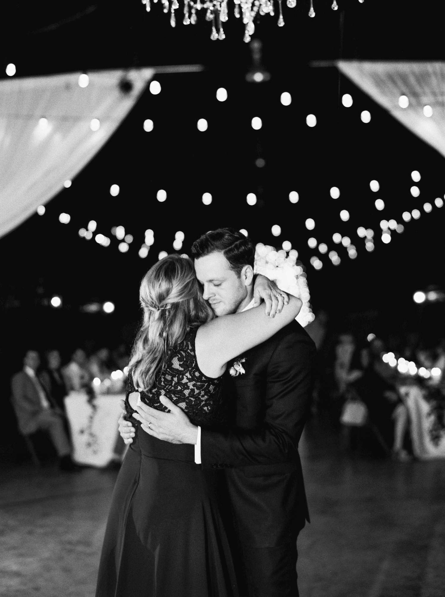 Calgary wedding photographers | georgia wedding photographers | fine art film | Justine Milton Photography | georgia wedding | first dance | bride and groom portraits | reception |