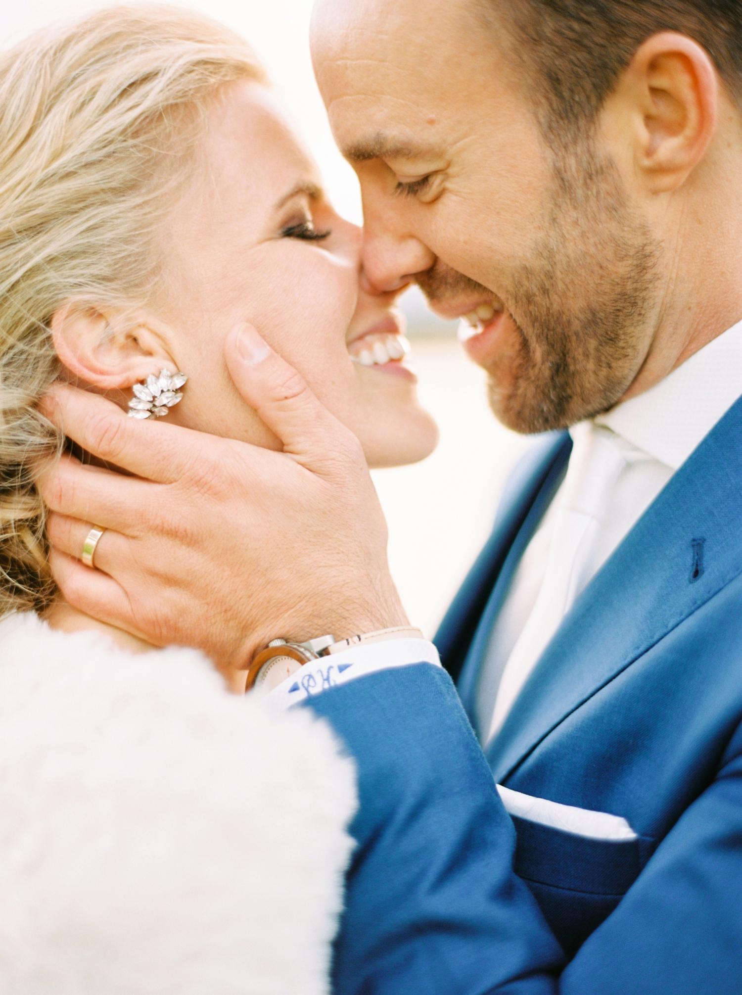 Calgary wedding photographers | oregon wedding photographers | fine art film | Justine Milton Photography | oregon wedding | bride and groom portraits