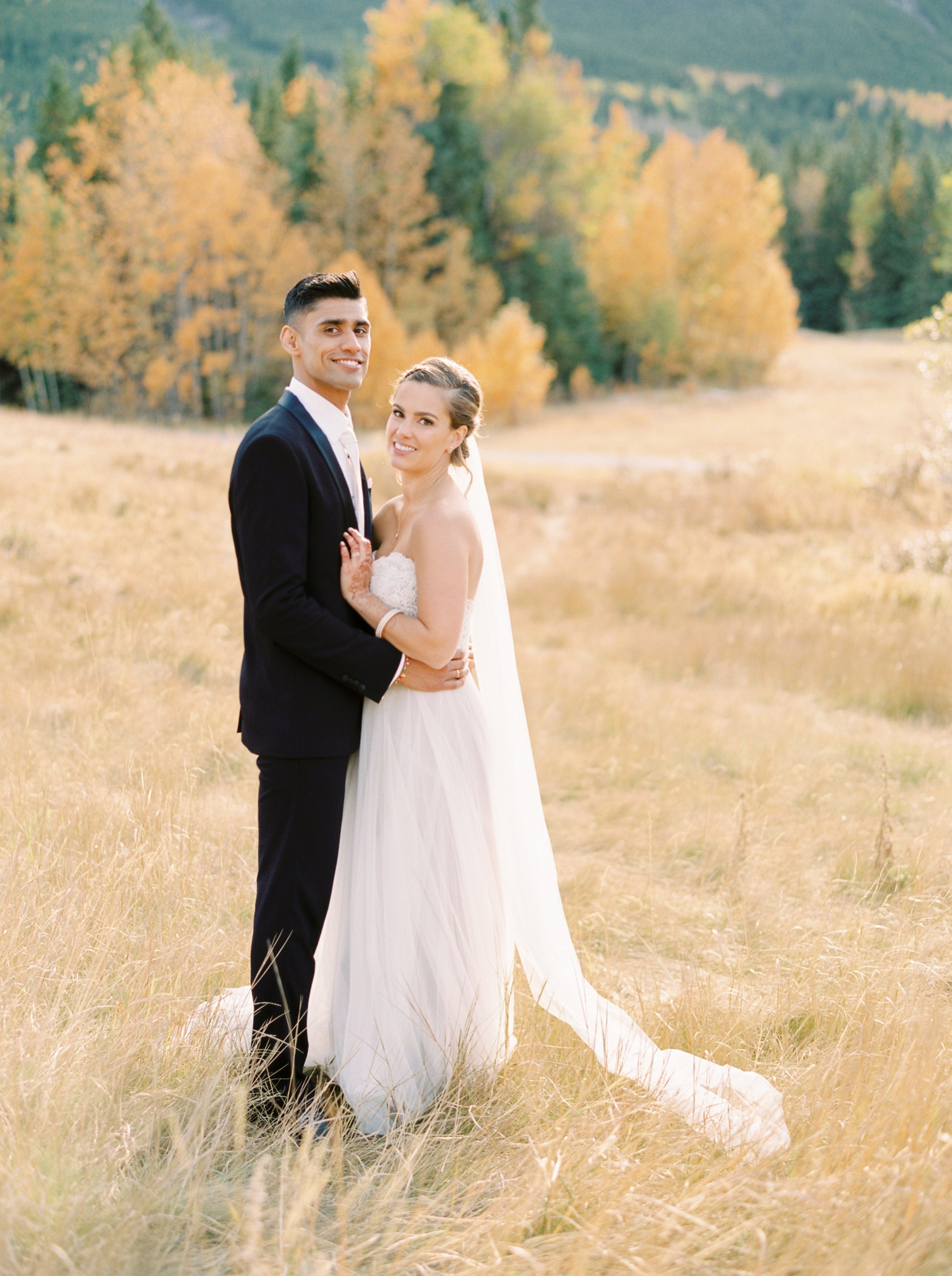 Calgary wedding photographers | fine art film | Justine Milton Photography | canmore wedding photographers | bride and groom portraits