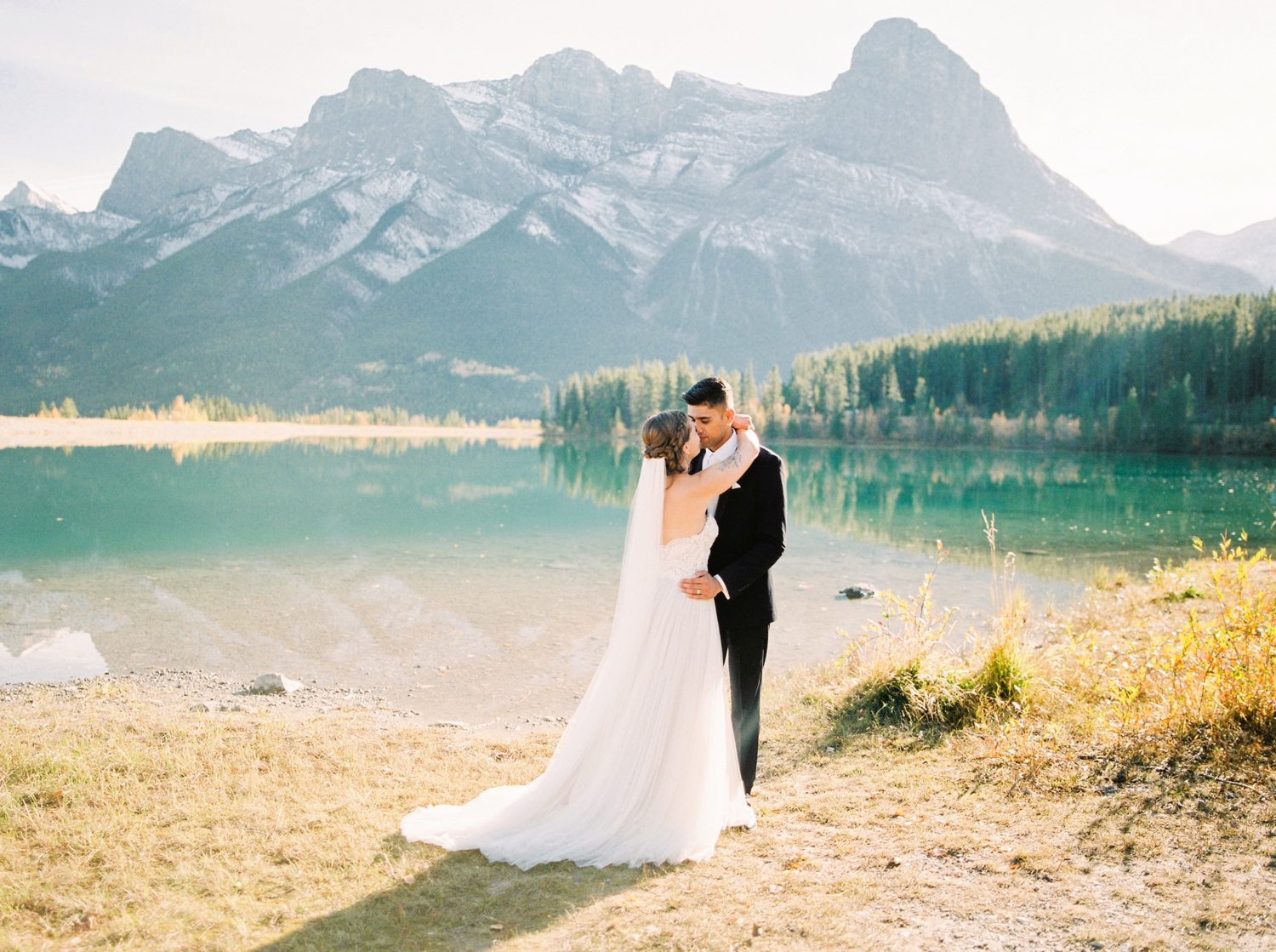 Calgary wedding photographers | fine art film | Justine Milton Photography | canmore wedding photographers | bride and groom portraits | mountain photography