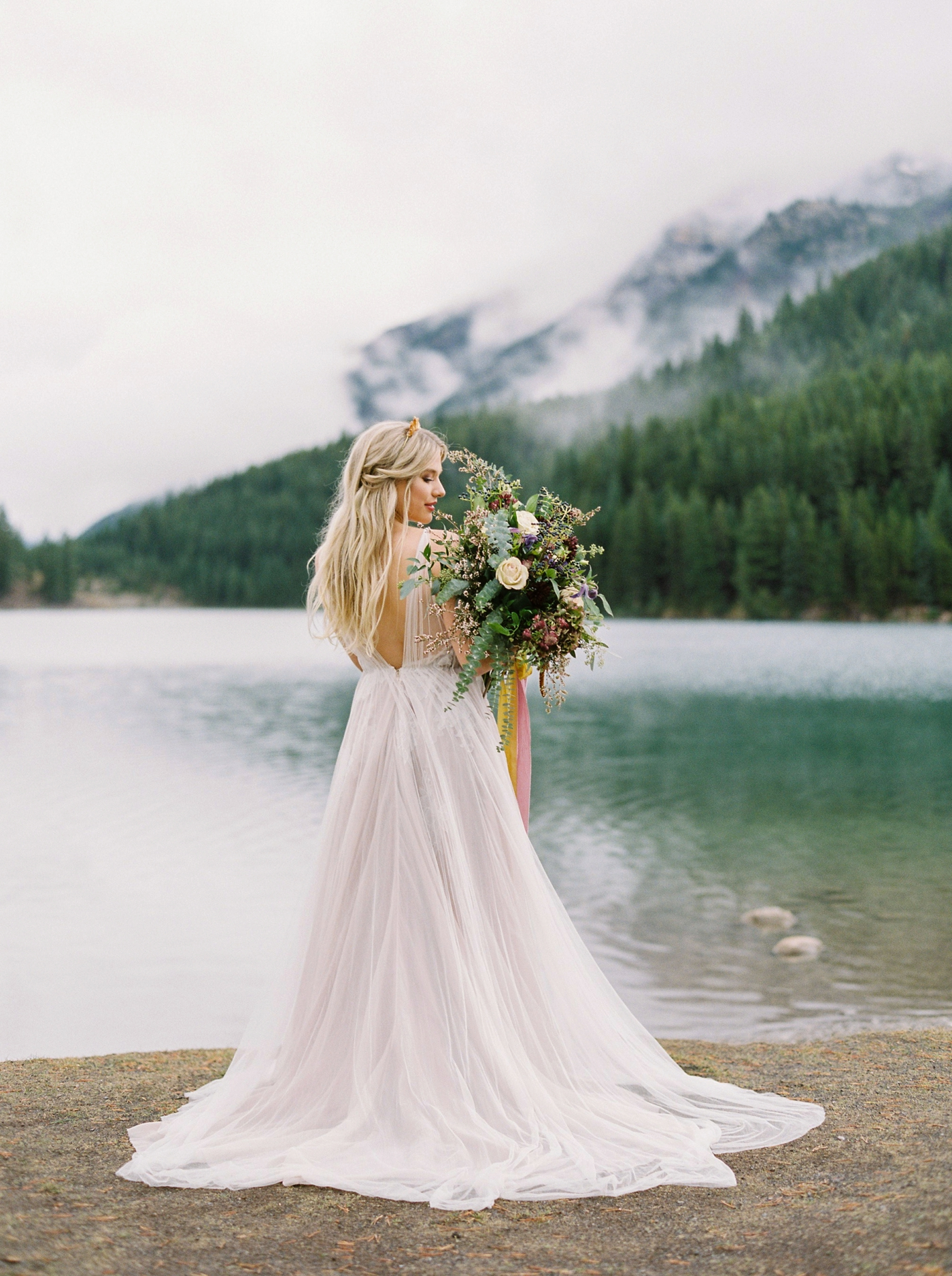 Fiarmont Banff Springs Hotel wedding photographers | fine art film wedding editorial | Justine Milton Photography
