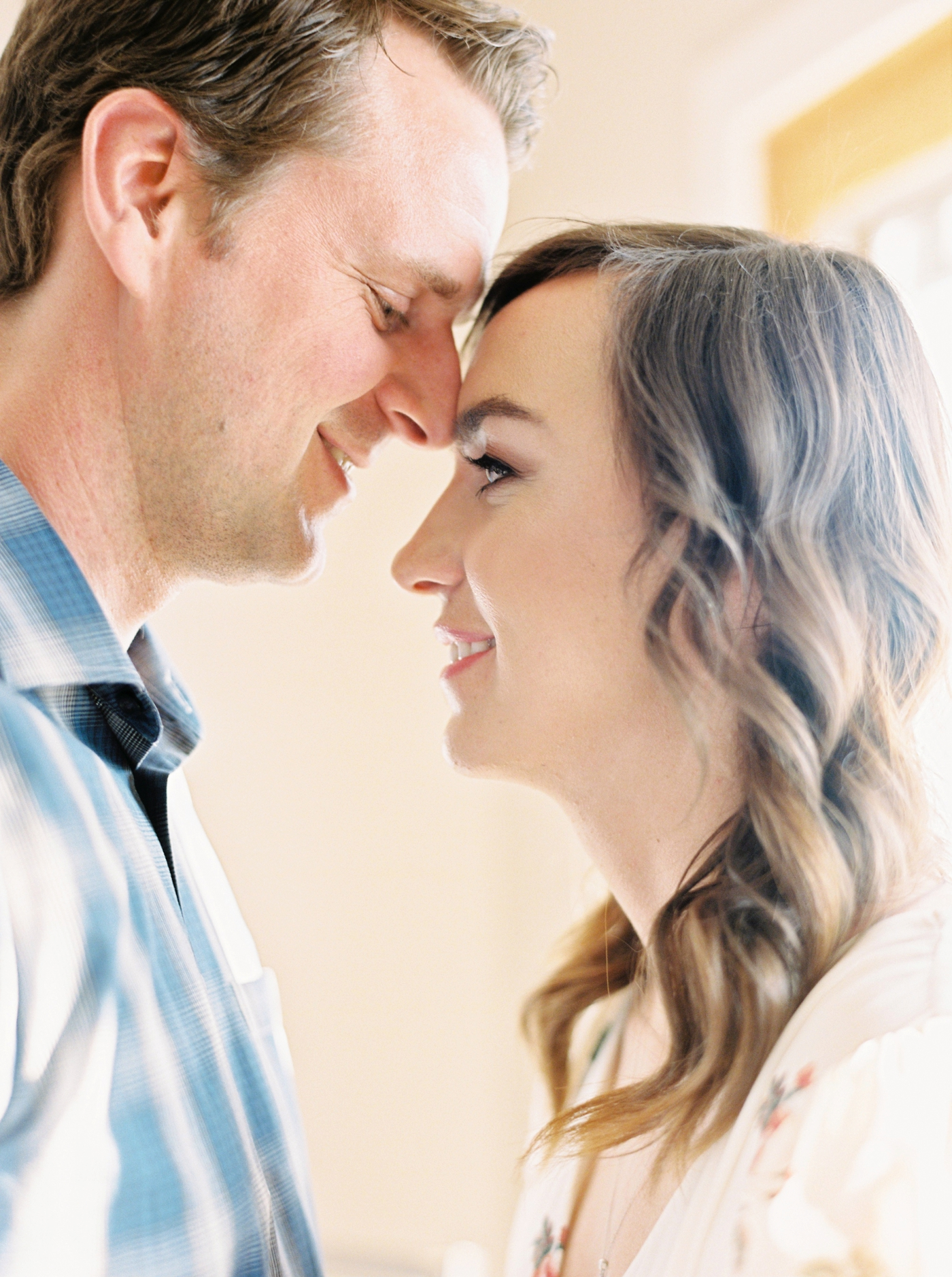 in home lifestyle session | calgary wedding photographers | justine milton photography