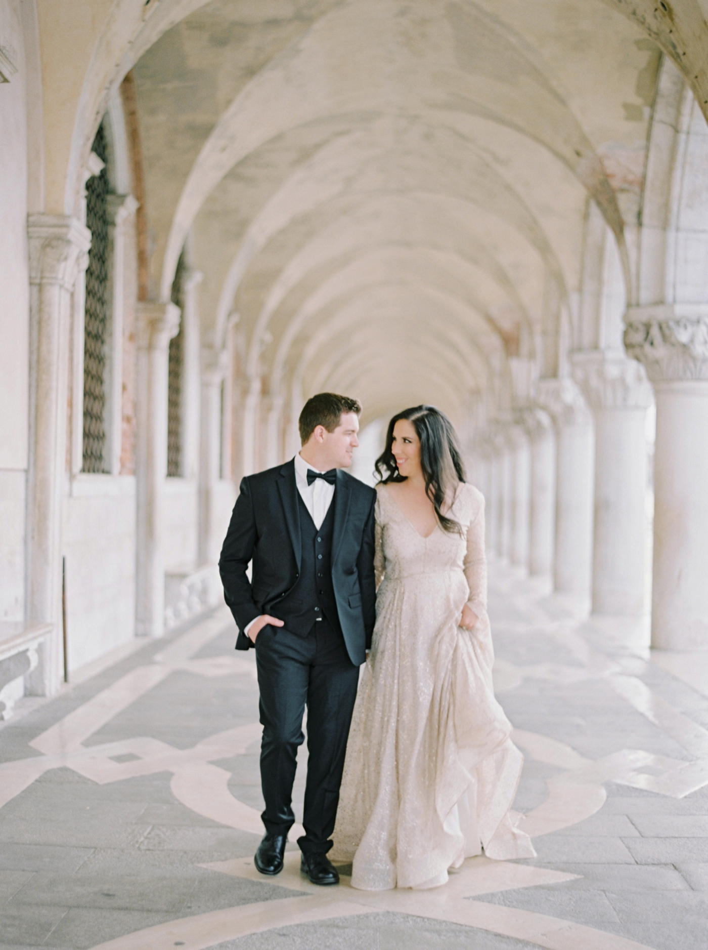 Venice italy wedding photographers | long sleeve wedding dress | italy vow renewal | justine milton fine art film photographer | bride and groom portraits