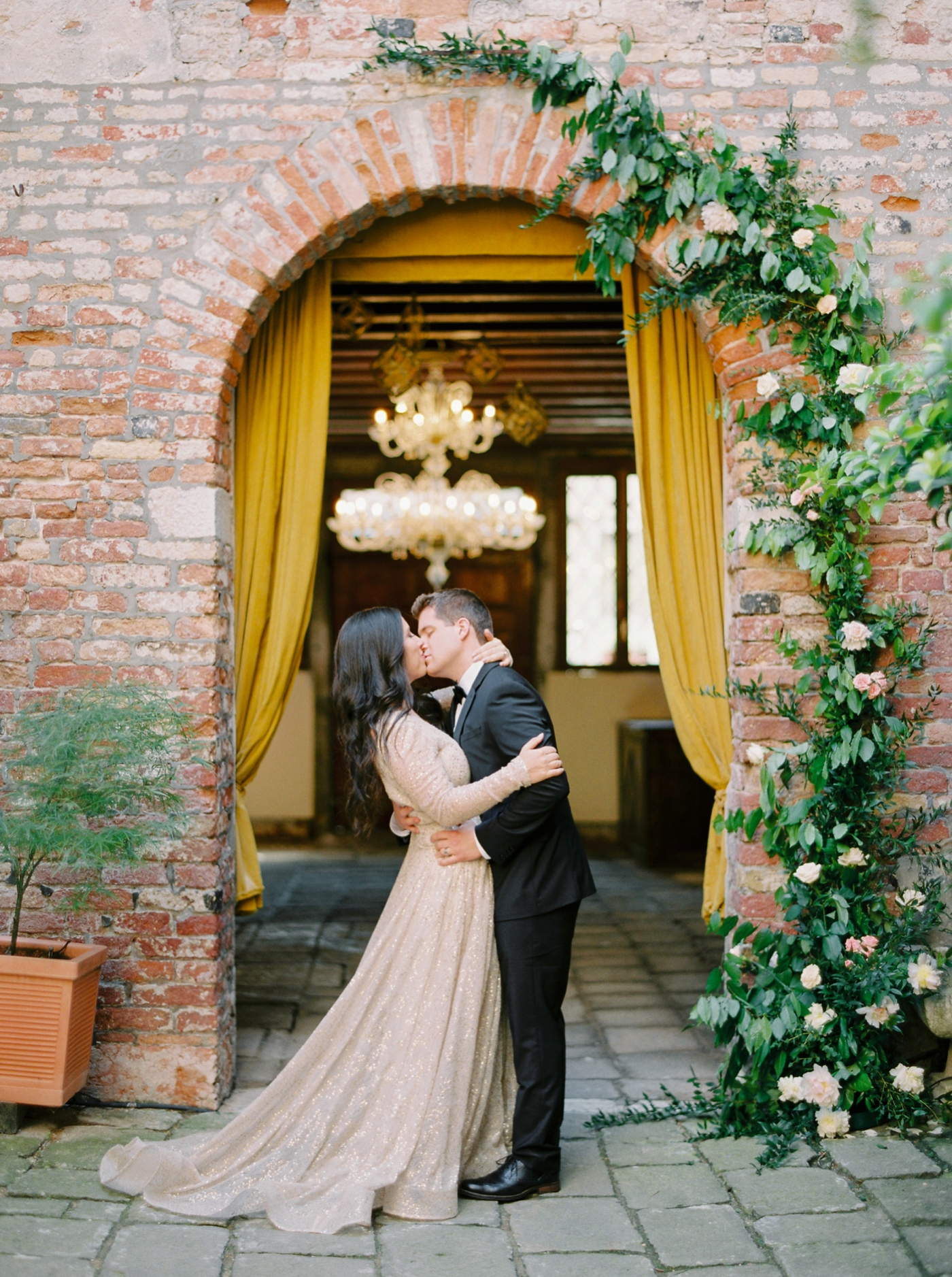 Venice italy wedding photographers | long sleeve wedding dress | italy vow renewal | justine milton fine art film photographer |vow renewal ceremony
