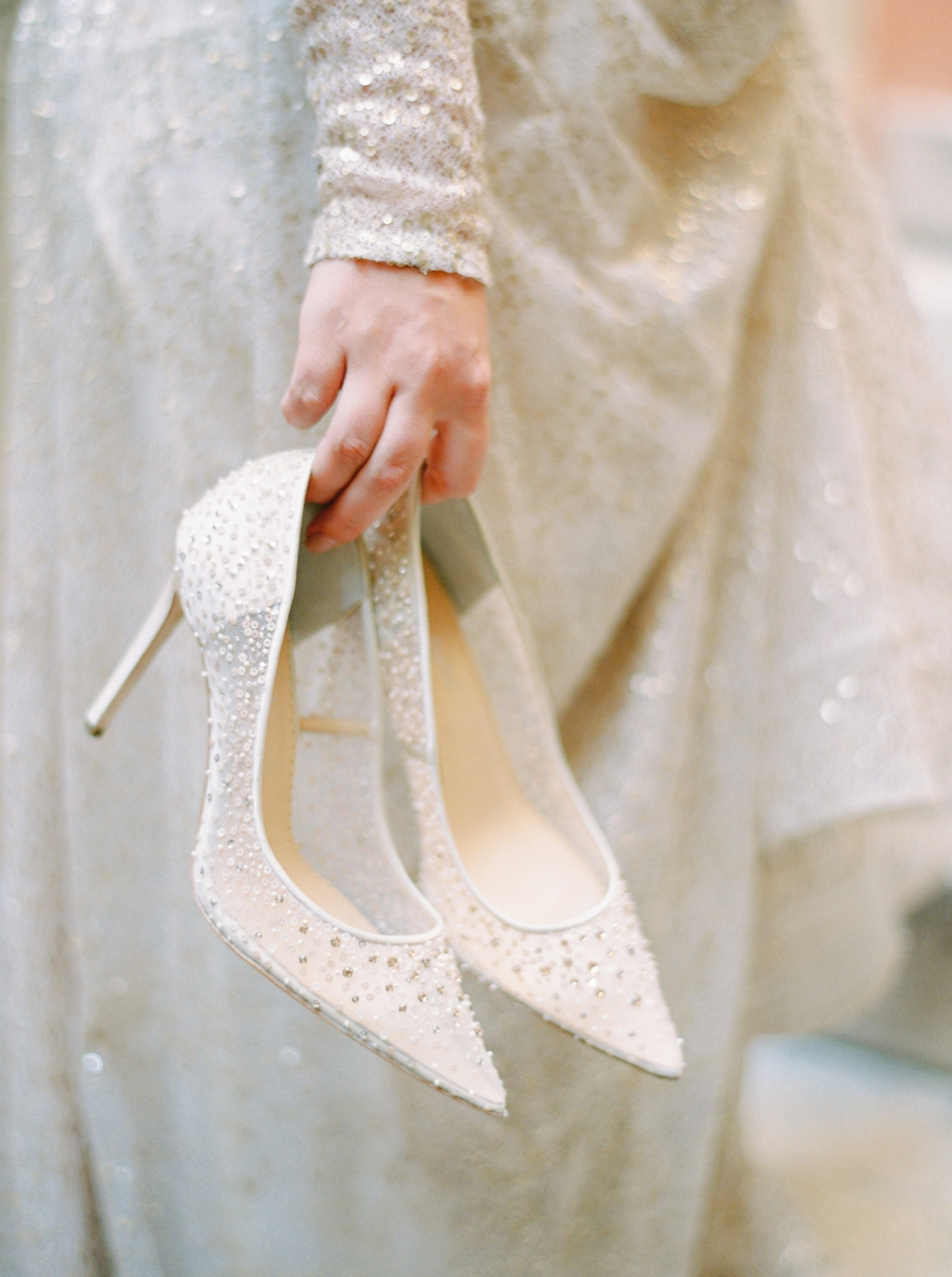 Venice italy wedding photographers | long sleeve wedding dress | italy vow renewal | justine milton fine art film photographer | bridal portraits wedding shoe inspiration