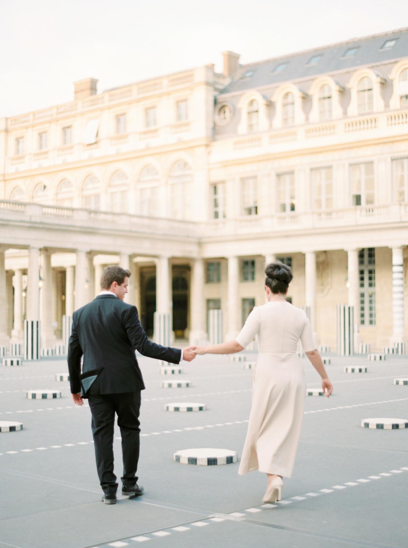 Paris weding photographers   pre wedding engagement session   fine art film photographer justine milton