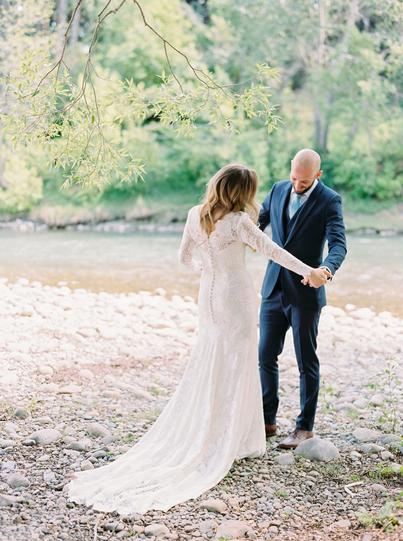 Calgary wedding photographers | The Gathered Farm Wedding | Justine milton fine art film photographer | Frist Look