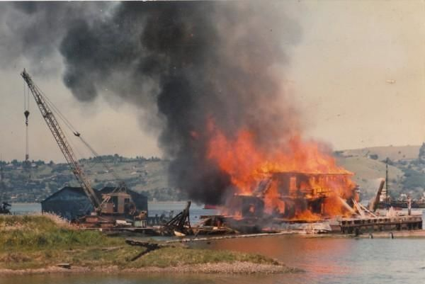 The day they burned old Dredgetown down                      Photo by Saul Rouda