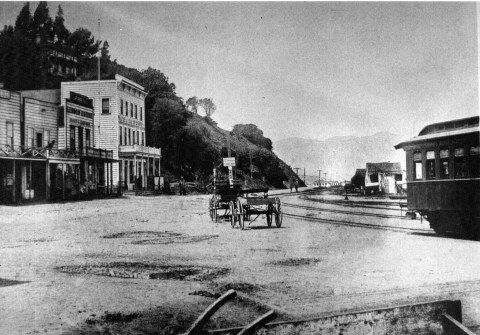 Sausalito streets were still unpaved in 1893