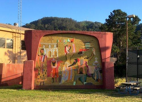 Varda/ Pardiñas Mosaic in Marinship Park. Photo from thesausalitofoundation.com
