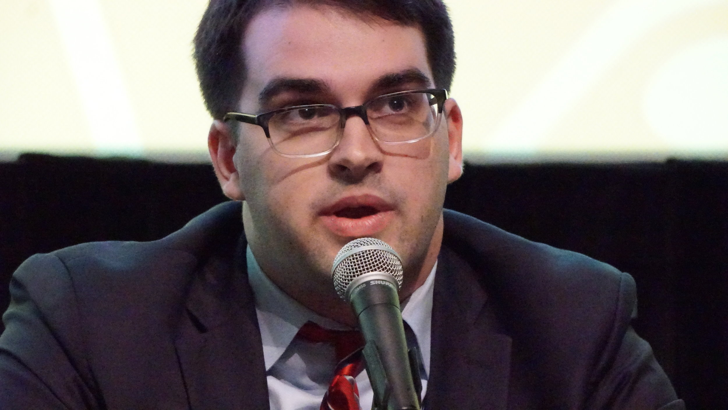 V9 Visionary Panel - Kevin CU(1).JPG