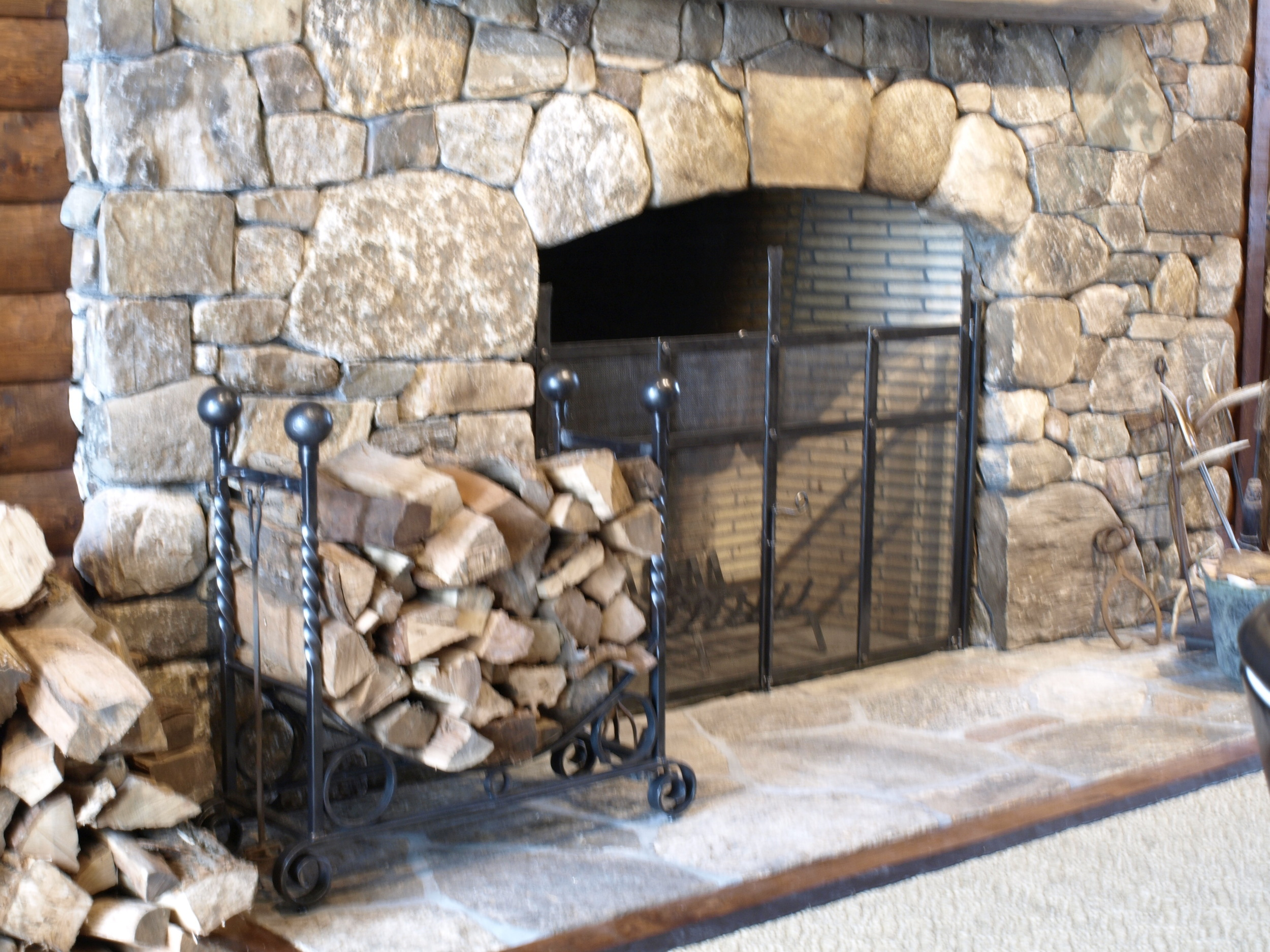 Attached Firescreen and Wood Rack