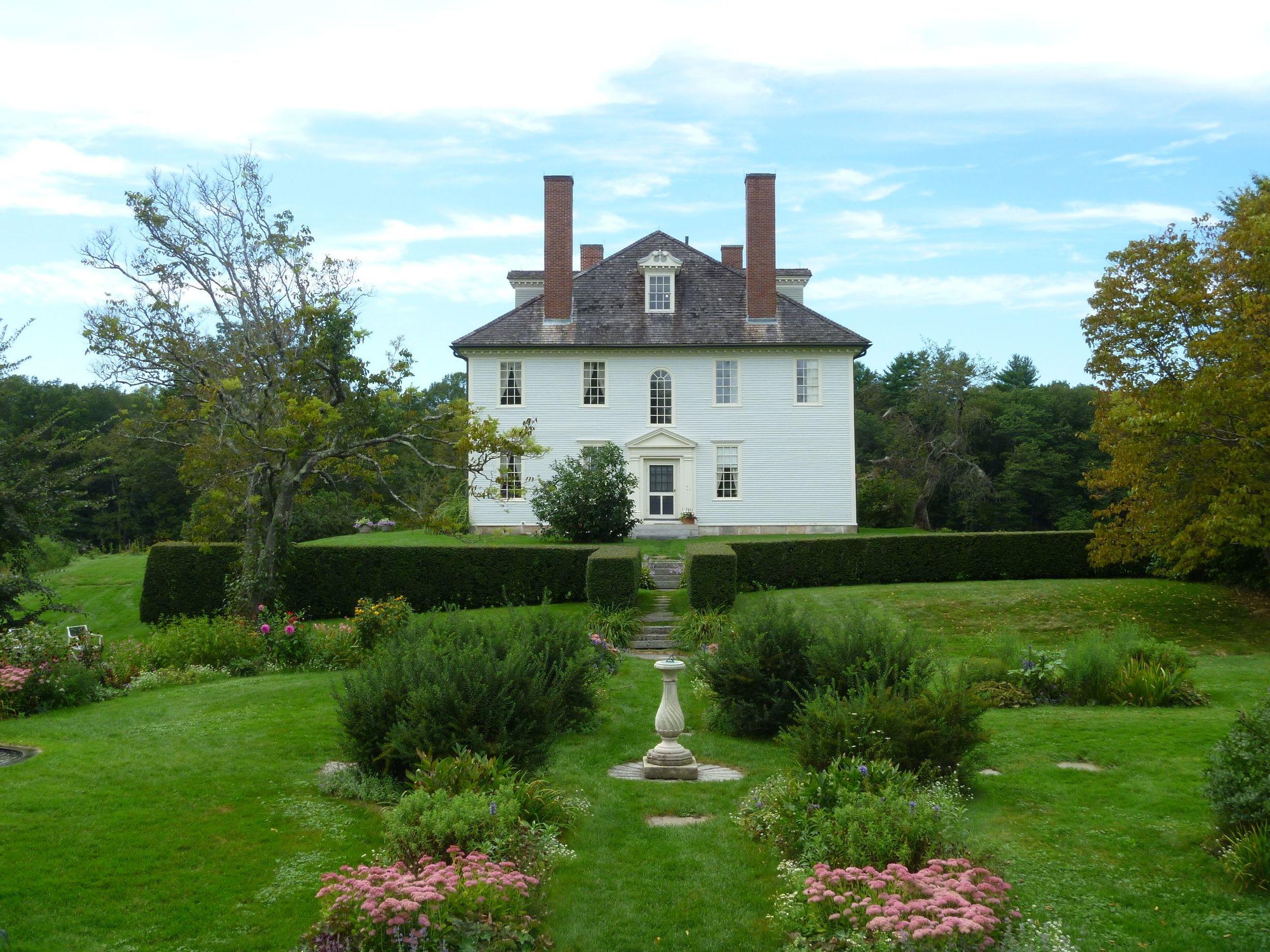 Colonial House.jpg